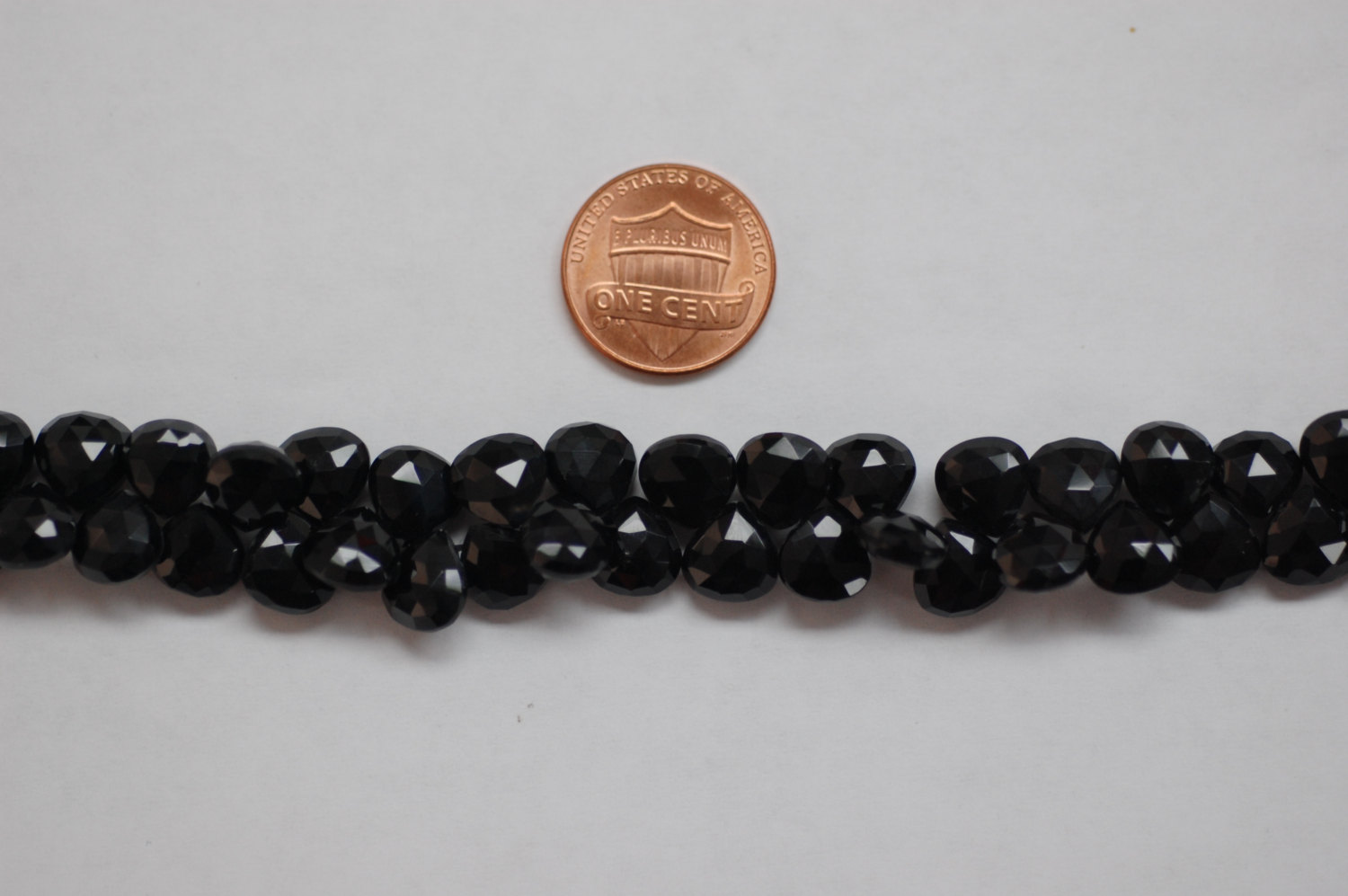 Black Spinal Hearts Faceted