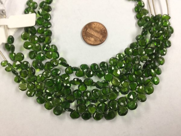 Chrome Diopside Hearts Faceted