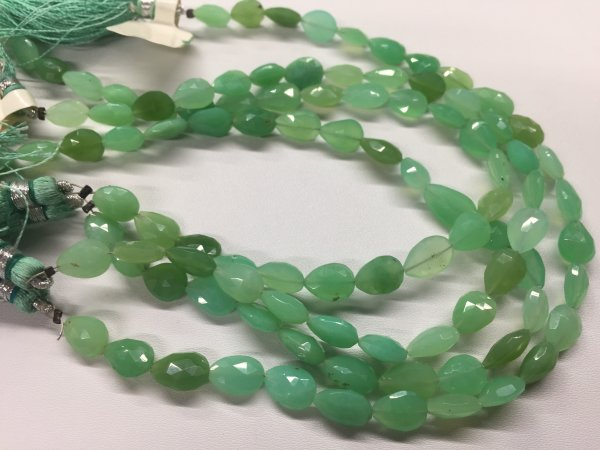 Chrysoprase Pears Top Drilled Faceted