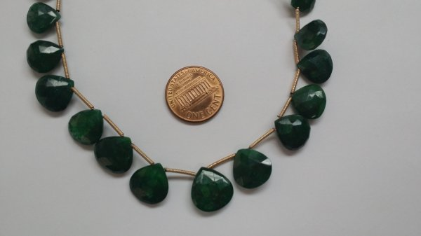Emerald Green Hearts Faceted Heated