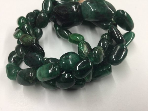 Emerald Ovals Smooth