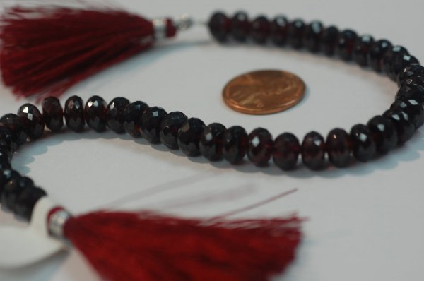 Garnet Rondelle Faceted (Very Beautiful)