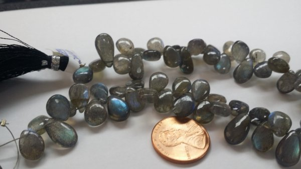 Labradorite Pears Smooth