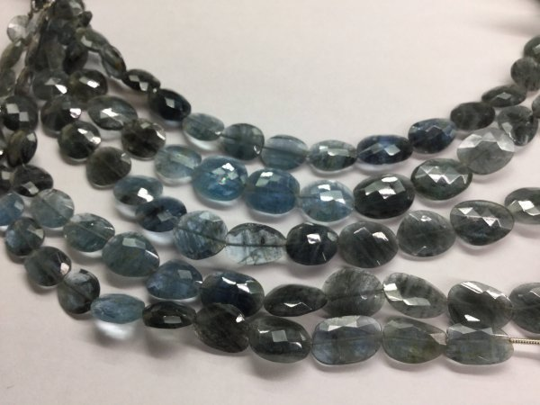 Moss Aquamarine Ovals Faceted