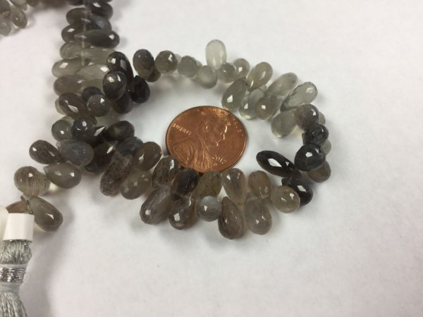 Moss Light Grey/Brown Moonstone Drops Faceted