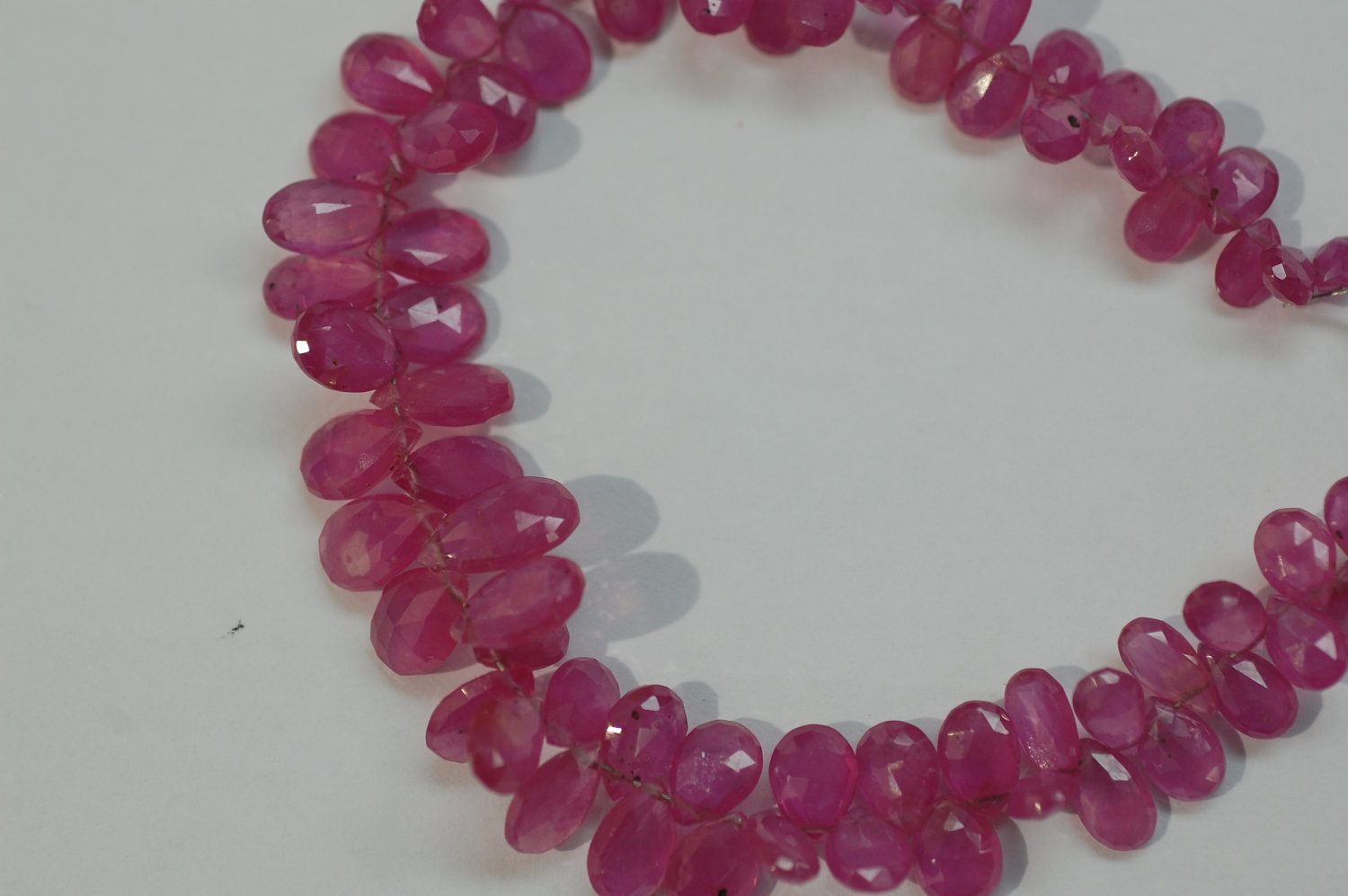 Pink Sapphire Pear Faceted (Light)