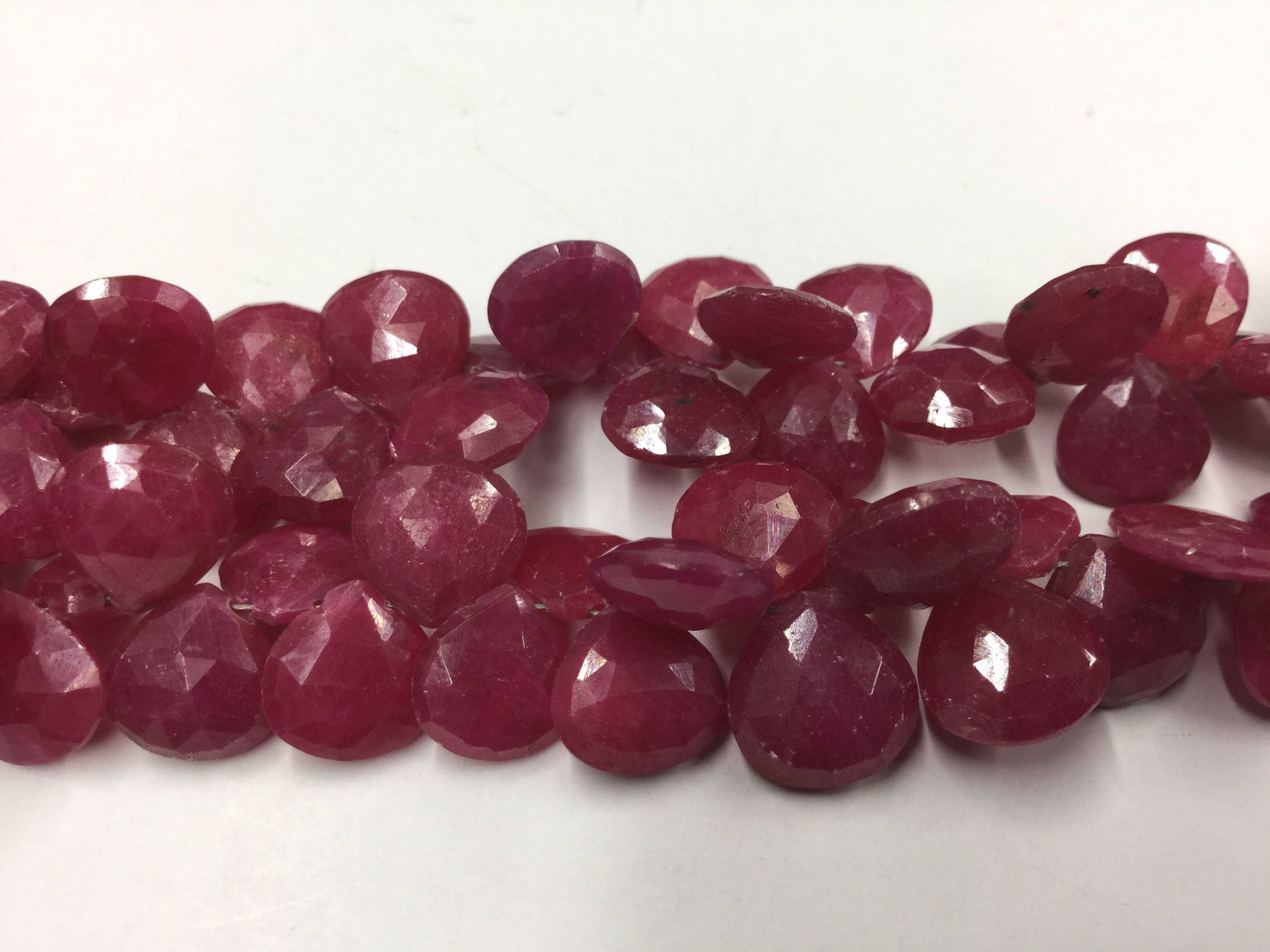 Ruby Hearts Faceted (He-Treated)